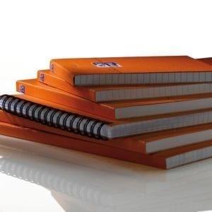 Livraison à domicile de Oxford Orange A4+ Stapled Coated Card notespad Seyès 160 Pages Orange SCRIBZEE® Compatible Chez Rentrée facile
