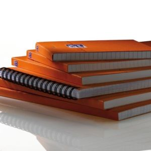 Livraison à domicile de Oxford Orange A4+ Stapled Coated Card notespad Seyès 160 Pages Orange SCRIBZEE® Compatible Chez Rentrée facile