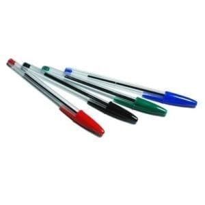 Un stylo billle plutot simple mais pratique pour l'écriture il est disponible en 4 couleurs bleu rouge vert et noir. Disponible en vente sur rentree-facile.com